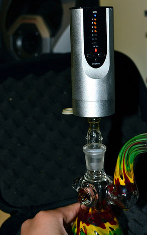Arizer-Solo-Bong-Adapter1